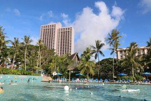 グアムにあるホテルのプール